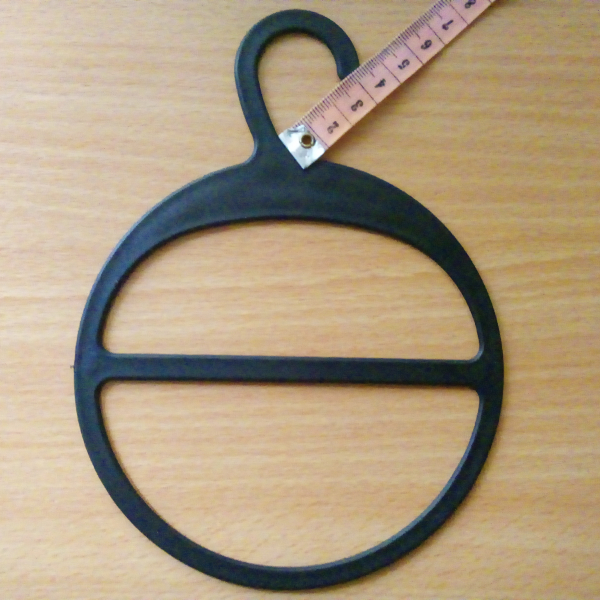 Пластиковая вешалка для шарфов с большим крючком черная (ВШ-черная)